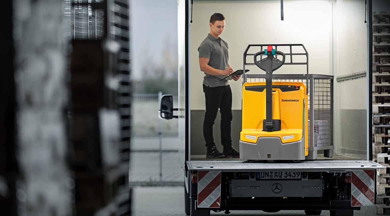 Choosing Forklift Trucks